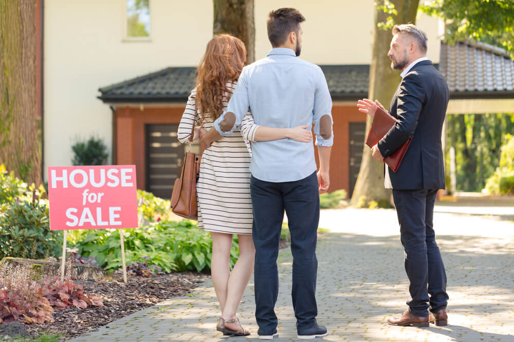 Couple selling house