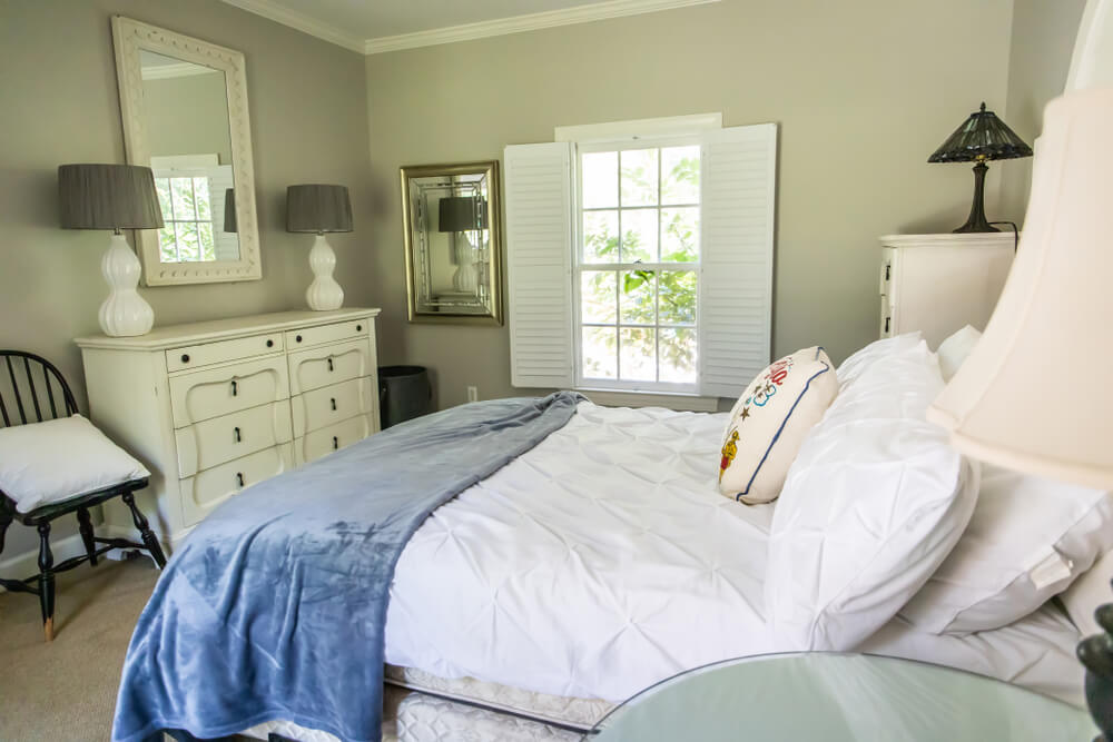 empty nesting idea - turn an old kid's room into a more functional guest room