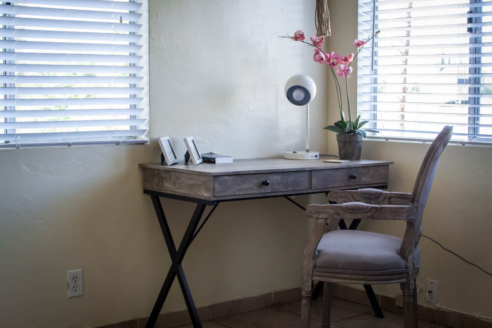 room with small writing desk