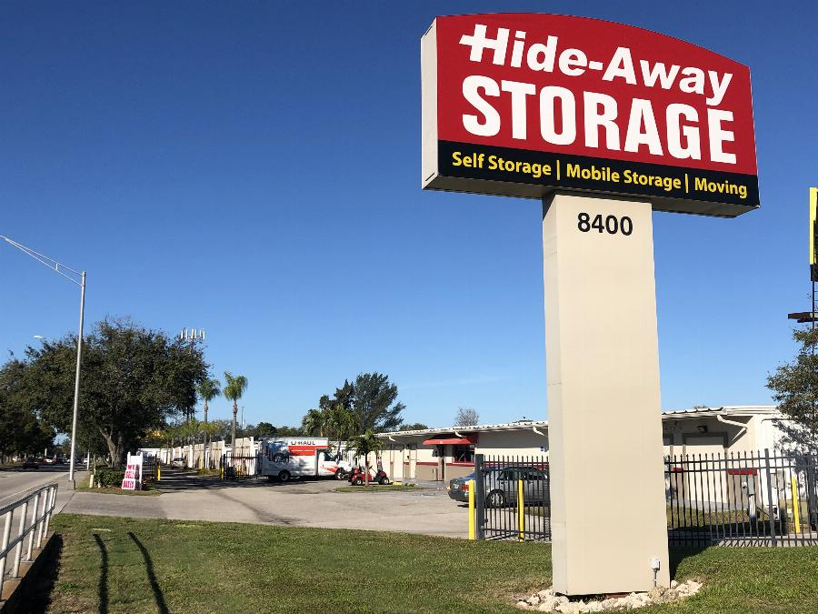 Hide-Away-Storage-West-Bradenton-Self-Storage-Facility