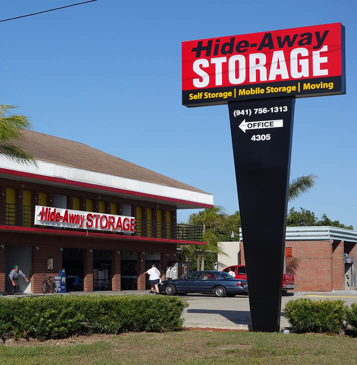 Hide Away 32nd St Self Storage Facility