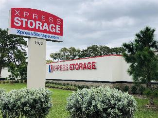 Xpress-Storage-SR70-Sign